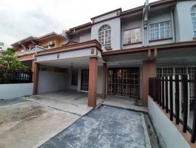 D'sentral 2 storey intermediate house (hot price)