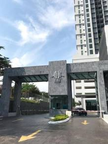 [Nice Room] The Henge ,Luxury Condo, Fully Furnish with Aircond