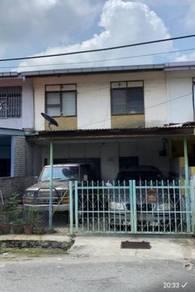 TAMAN TAS Rumah Dua Tingkat utk DIJUAL near SMK PANDAN