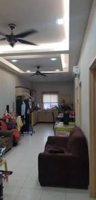 [Low Booking FULL LOAN] Lake Residence Ground Floor Town House Puchong