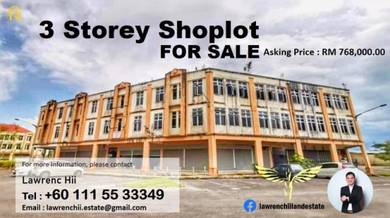 3 Storey Shoplot for SALE