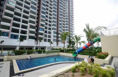 Only 700 Per Month !!! Freehold Condo
