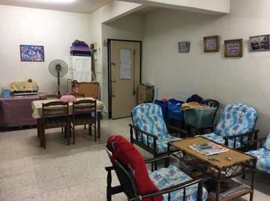 Court 9 Apartment