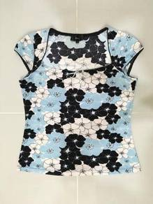 MNA Flowery Top ~ FREE SHIPPING