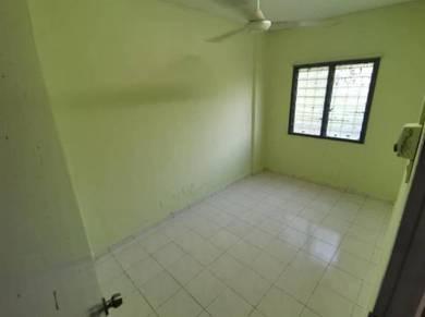Ground Floor Pangsapuri Palma, Bandar Country Homes, Rawang For Sale