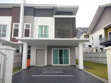 S2 height show house unit for rent semi-D house