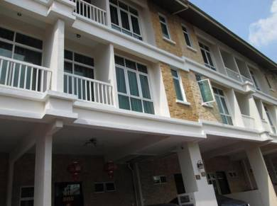 Richmont Residence 3-storey terrace house Jelutong for sale