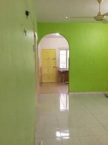 RENT - Single storey at Taman Desa Salak Jaya, Salak Tinggi