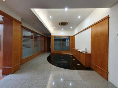 SS2/30. Second floor for rent