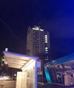 ROOM RENT at D-VILLA RESIDENCE HOTEL (Holiday Villa)