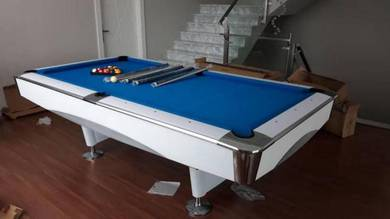 Pool table new 2019 (9 feet)