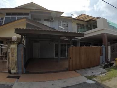 Homestay 4 bilik dengan aircond, Tengkera