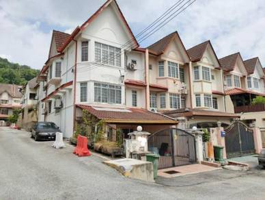 [ENDLOT]Bukit Setiawangsa 2.5 Sty Terrace [FREEHOLD]