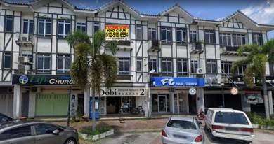 Kampar Shop For Sale Facing empty space with tenanted