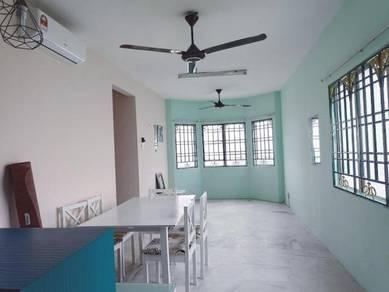 High Floor, nice View, Apartment Desaminium Flora at Seri Kembangan