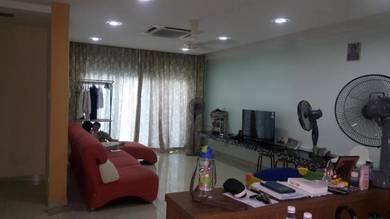 Kuala lumpur / jalan kuching / Sri Putramas Condominium