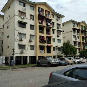 For sale : Apartment Mawar in Kota damansara