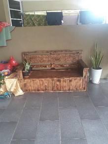 Kerusi Kayu Furniture Decoration For Sale In Malaysia Mudah My