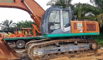 Hitachi ZX350LC-3 Excavator Tahun 2016