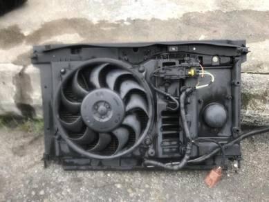 No 18-8-20 Citroen C4 Radiator/Fan/condenser