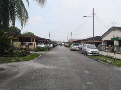 Corner unit House for sale, Kamunting Jaya