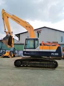Used Komatsu PC200-5 Hyd Excavator (21 ton)