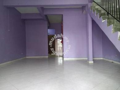 (LOWEST PRICE) 2 Storey Terrace House Bandar Rinching Semenyih