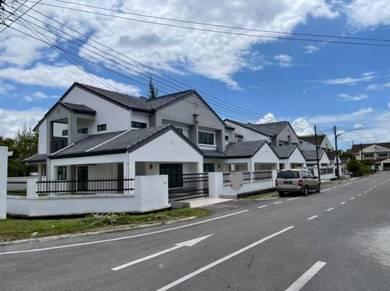 Double Storey Corner Semi Detached House at Tabuan Park for sale