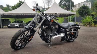 Harley-Davidson Breakout Unreg