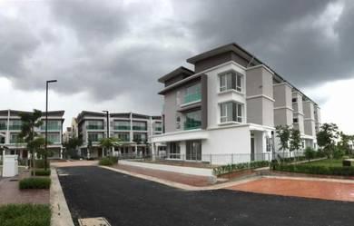 3 Storey (22 x 72) Luxury House Alstonea Subang Jaya
