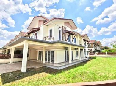 Well Maintain Big Land Freehold Corner Lot 2storey Opulenia Denai Alam