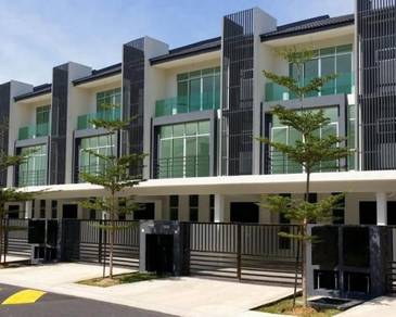 [Full Loan] 3 Storey House Bangi Avenue 7 Ardisia 7 rooms near PLUS