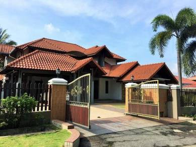 TRANQUILITY Bungalow Section 7 Shah Alam HUGE LAND AREA Peaceful area