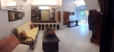 Taman Bertuah Corner House