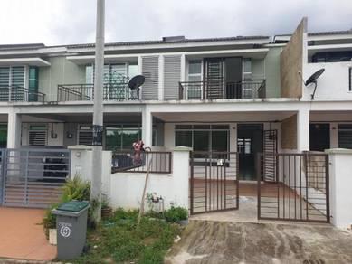 Senai scientax double storey house ( brand new )
