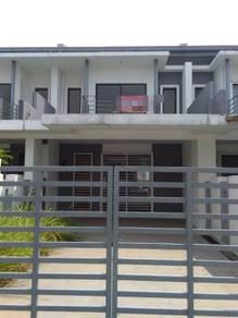 MENGHADAP PADANG - New Garden Heights Bandar Tasik Puteri Acacia Park