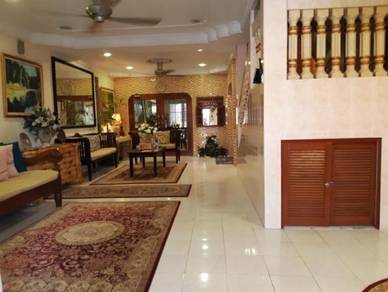 [RENOVATED & FURNISHED] Double Storey House Taman Selaseh, Gombak