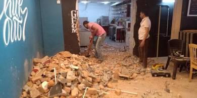 Renovate rumah, pejabat, restoran dan kilang