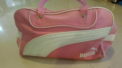ed13187a91d4 Original Puma Bag - Almost anything for sale in Kuala Lumpur - Mudah.my