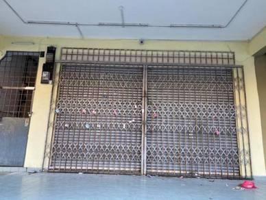 Ground Floor Shop FOR RENT Taman Equine, Puncak Jalil, Seri Kembangan
