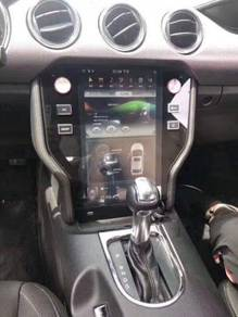 Ford Mustang Tesla style vertical screen