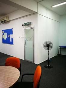 Bandar puteri 5 shoplot for rent - 1st floor