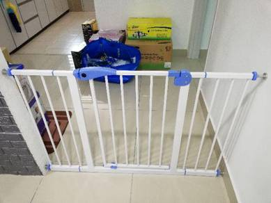 Baby gate pagar bayi SAFETY DOOR GATE