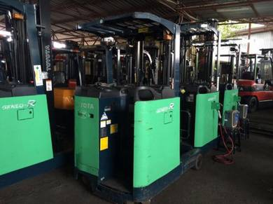 Direc Imported JAPAN TOYOTA REACH TRUCK FORKLIFT
