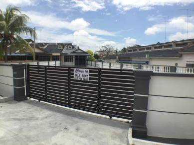 Taman Sri Kluang Fully Renovated Super BigSingle Storey Terrace corner