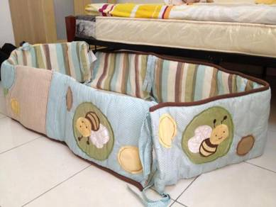 Cot bumpers and blanket