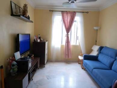 Sri Pinang Apartment Puchong, 3 Room 2 Bathroom, Corner Unit
