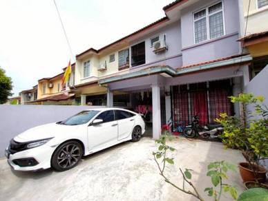 2 Storey Terrace Tmn Lestari Putra LEP 4 Equine Park Bdr Putra Permai