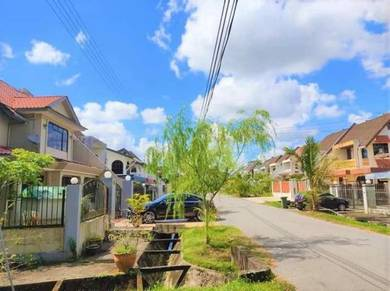 Taman Kenny Hill double storey semi d for sale