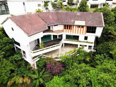 Triple Storey Bungalow, with Pool and Lift , Bukit Pantai, Bangsar